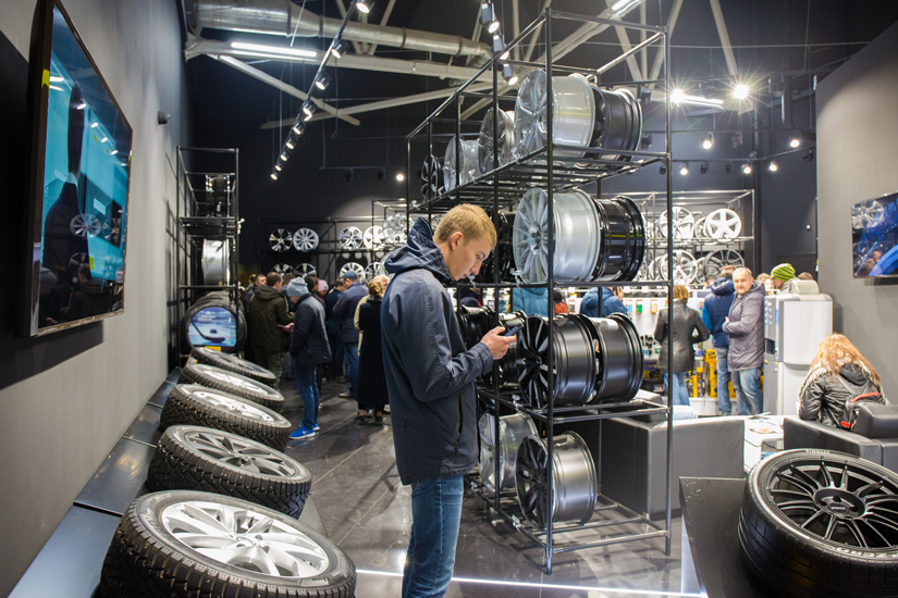 Visitors are impressed with the range of tyres on display at the new Kolesa Darom tyre centre